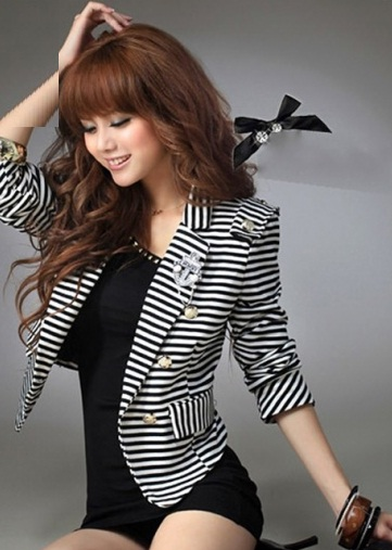 European Style Woman Long Sleeve Striped Short Blazer