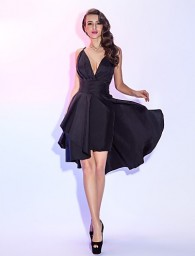 A-line Spaghetti Straps Knee-length Taffeta Cocktail Dress