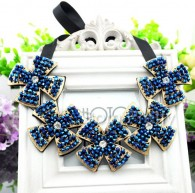 Fashion Floral Shaped Bib Necklace Regal Collar Neckace