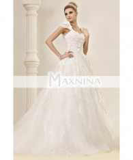 Stunning A-line Princess Capped-Sleeves Floor-length Court Lace Dasha's Wedding Dress